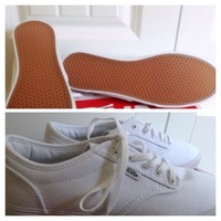Brand new never worn white vans NWT