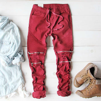 Sage Hills Moto Pants In Burgundy