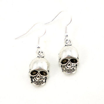 Skull Earrings - Antiqued Silver Plated Vintage Style Skull Dangle Earrings - Gifts Ideas - CP096