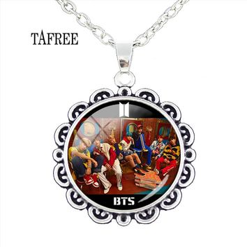 TAFREE Popular BTS JUNG KOOK SUGA JIN Flower Pendant Necklace Lovely Metal Statement Necklaces Anime Attack Giant Jewelry BTS20