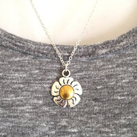 Silver Daisy Flower Necklace