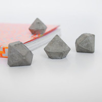 Set of 5 mini concrete diamonds