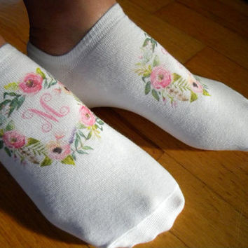 Mother's Day Monogram Socks, Mother's Day Gift Idea, Gifts for Grandma, White Cotton No Show Socks, set of 3 pairs