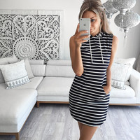 Black and White Stripes Sleeveless Hoody Dress a11138