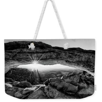 Supernatural West - Mesa Arch Sunburst In Black And White - Weekender Tote Bag