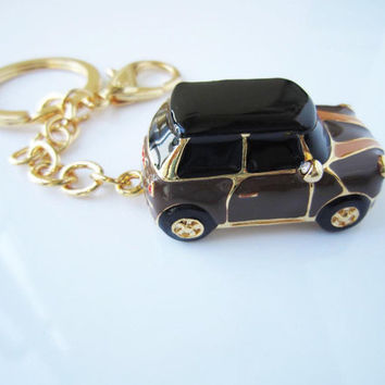 Brown body mini car, chocolate stripes mini car keychain, drop of oil plus ,grade crystal, gold car,luxury gift