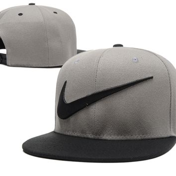 bd7f443f421 Hot Color Blocking Nike Embroidered Mesh Adjustable Outdoor Baseball Cap  Hats