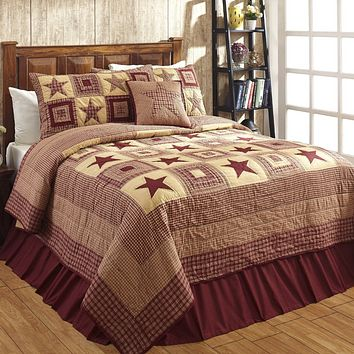 Colonial Star Burgundy And Tan Twin Quilt Set