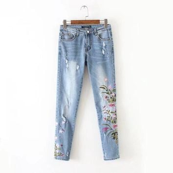 New Fashion Summer Floral Embroidery Jeans Women Hole Bleached Trousers Casual High Waist Skinny Denim Pencil Pants