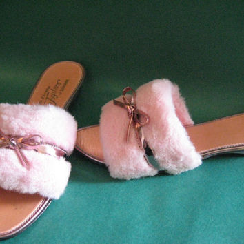 Pink Fuzzy BelleMode Slippers