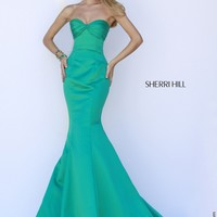 Sherri Hill Strapless Ruched Sweetheart Bust Mermaid Silhouette