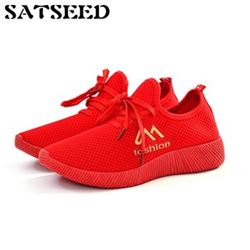 Autumn Women Shoes 2018 New Breathable Ladies Lace Old Beijing Air Mesh Shoes Red Comfortable Soft Shoes Casual Flat Rubber Sole