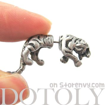 Fake Gauge Earrings: Realistic Tiger Cat Shaped Plug Earrings in Silver
