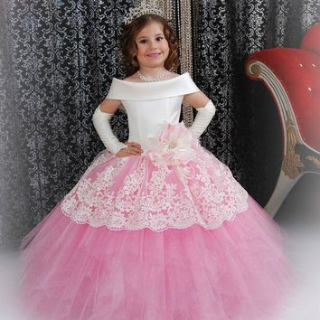 Luxury Pink Lace Boat-neckline First Communion Dresses for Girls Lace up back Ball Gown Kids Evening Gowns Girls Pageant Dresses