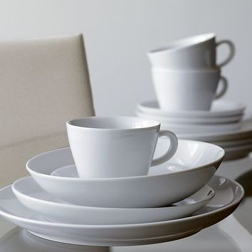 Madison Dinner Plate. : crate and barrel white dinner plates - pezcame.com
