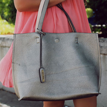 Places To Be Tote