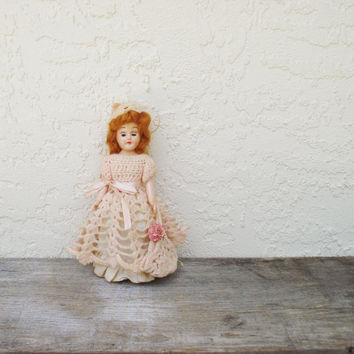 Vintage Hard Plastic Doll / Small Redheaded Doll / PMA Duchess Doll / 1940s 1950s Travel Doll / Doll in Pink Crochet Dress