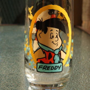 Pizza Hut Freddy 1986 Flintstone Kids Collectible Drinking Glass