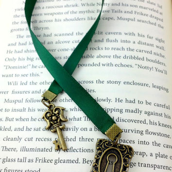 Ribbon Bookmark, Lock Key Bookmark, Skeleton Key, Green Ribbon Bookmark, Emerald Green, Christmas Gift, Green Bookmark, Book Thong