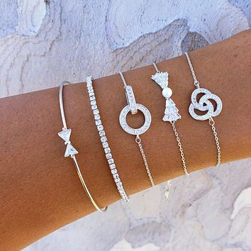 Icy Bow Bracelet Set