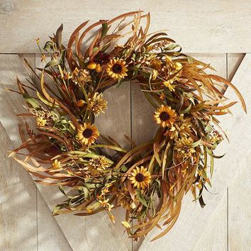 Faux Grass & Mum Wreath - 25""