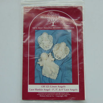 Primitive Pattern Linen Lace Hankie Angels by Hickory Stick & Co.