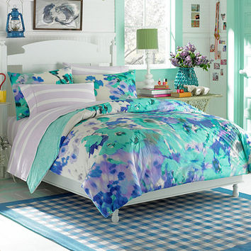 Lovely Teen Vogue® Watercolor Garden Comforter Set