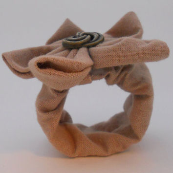 25 Tan Linen Country Themed Wedding Napkin Rings w/ by ReThinkMe