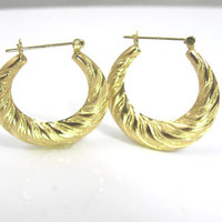 14K Ribbed Hoop Earrings, Yellow Gold Puffy Spiral Scalloped Textured, Pierced Large Twisted Hoops, 3.5 Grams