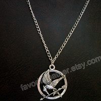 Hungry birds games necklace, mockingjay pin silver necklace, fashion necklace, charm jewelry, fire necklace, couple necklace, Size: 60MM