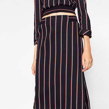 STRIPED MIDI SKIRT DETAILS