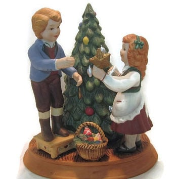 "1982 Avon Christmas Decor ""Home for the Holidays"" Collection Decorating Tree"