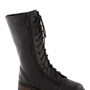 Zip Right Up Boot in Black