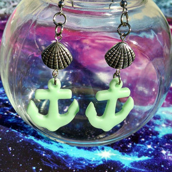 Cute Green Anchor & Seashell Dangle Hypoallergenic Fishhook Earrings
