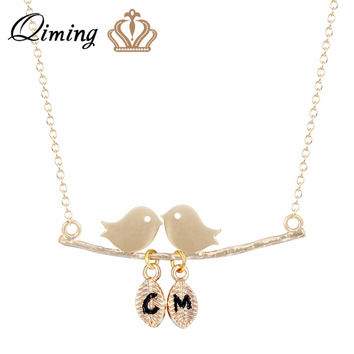 QIMING 2017 Cute Two Birds Necklace Fall in Love Pendant Lover's Name Necklace Women Valentine's Day Gifts Initial Necklace