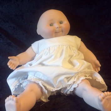 "Porcelain "" Cabbage Patch"" Doll S693 Vintage"