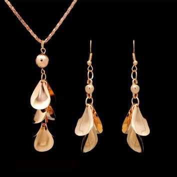 Vintage Gold Color Tassel Leaf Jewelry Sets for Women Party Jewellery Pendant Necklace Long Drop Earrings Indian Jewelry Sets