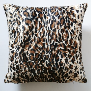 Leopard throw pillow, glamour cushion, leopard velvet pillow cover, handmade pillow case, made in France