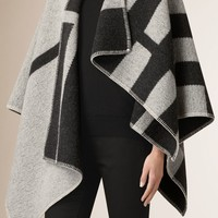 Check Wool and Cashmere Blanket Poncho Natural White | Burberry
