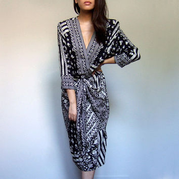Black and White Dress 80s Vintage Graphic Print Deep V Neck Avant Garde Patchwork Floral Draped Dress - Medium M