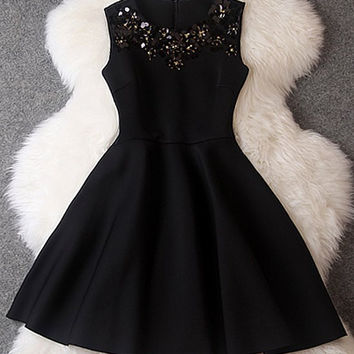 Black Sequined Sleeveless Flounce Dress