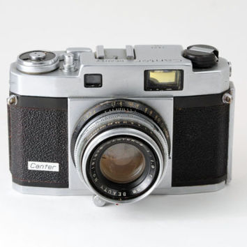 Canter Beauty 35mm Rangefinder Camera with Case