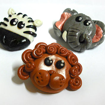 Brooch with african animals lion, zebra and elephant handmade in cold porcelain, gift idea