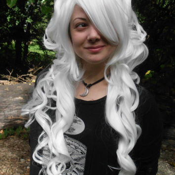White Wig, Bump Wig, Long Curly, Stunning, Big wig, cosplay, Marie Antoinette Wig, Lolita, Curly, Drag Queen, scene hair, bright white wig