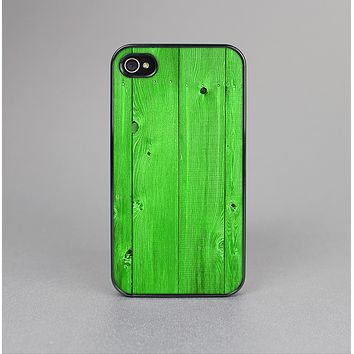 The Green Highlighted Wooden Planks Skin-Sert Case for the Apple iPhone 4-4s