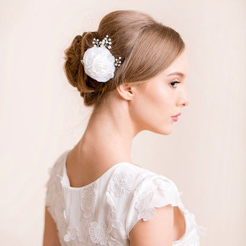 Bridal Hair Comb Floral with Pearls - Wedding Hair Comb - Bridal Hair Accessories - Organza Flower Hair Comb with Pearls and Rhinestone