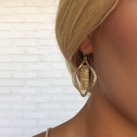 Shimmy & Shake Fringe Earrings in Gold