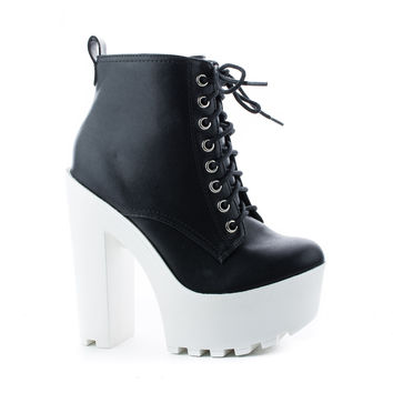 Gru Black White By Soda, / White PU Lace Up Lug Sole Platform High Chunky Block Heel Ankle Booties