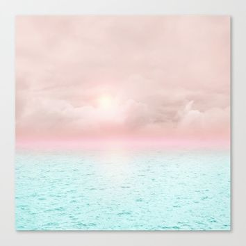 Calm sunset 02 Canvas Print by vivianagonzalez