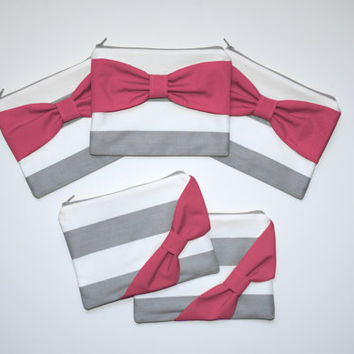 Bridesmaid Gift Set / Bachelorette Party Favors - Gray Stripe with Hot Pink Bow - Customizable Wedding Cases - Choose Quantity and Bow Style